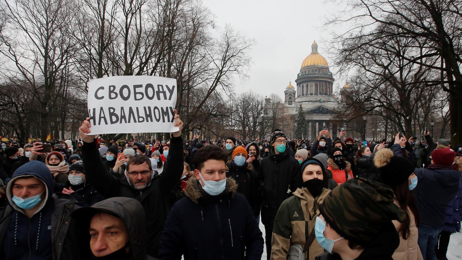 Una de les protestes a favor de la llibertat de l'opositor Navalni, a Sant Petersburg.