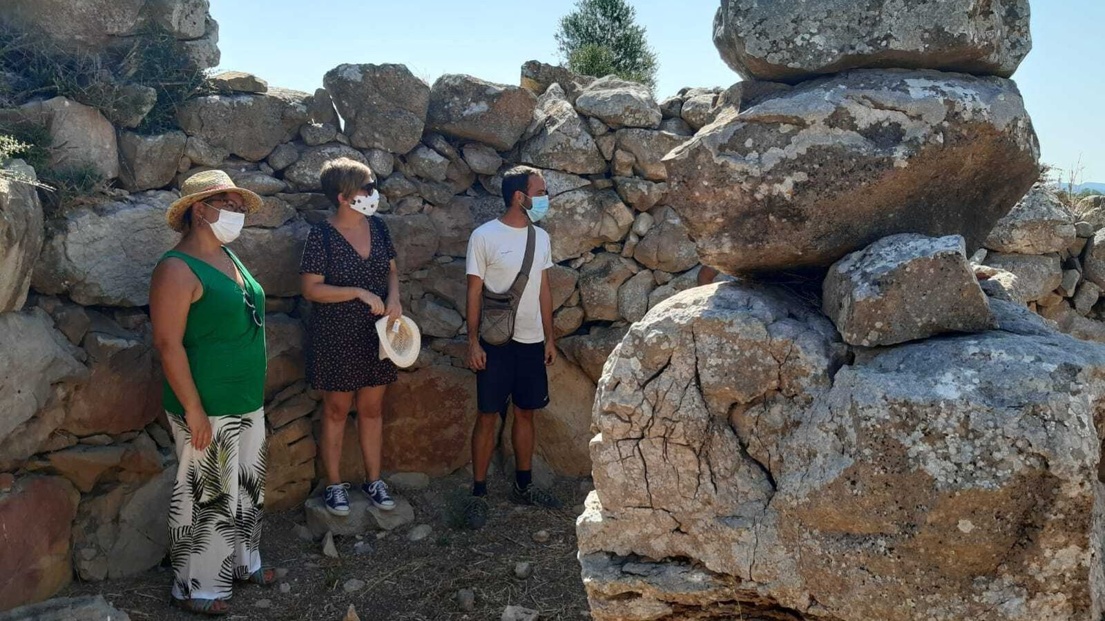 Bel Busquets i Kika Coll visiten les Talaies de Sant Jordi i es Pagos