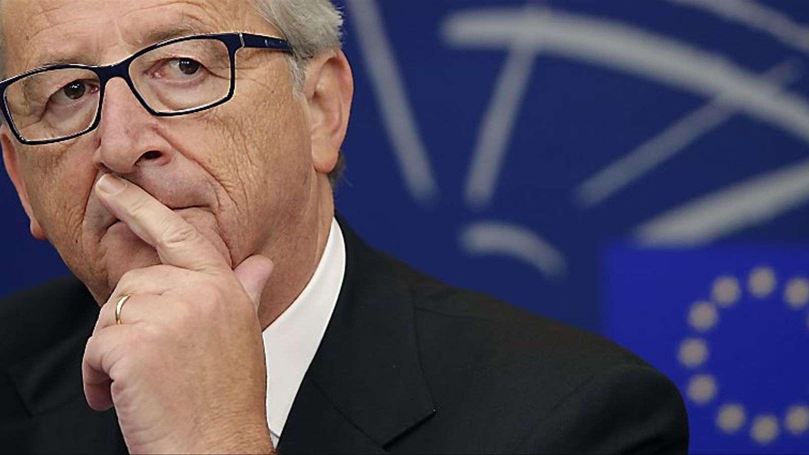 Juncker portava menys d'una setmana com a president de la Comissió Europea quan va esclatar Luxleaks.