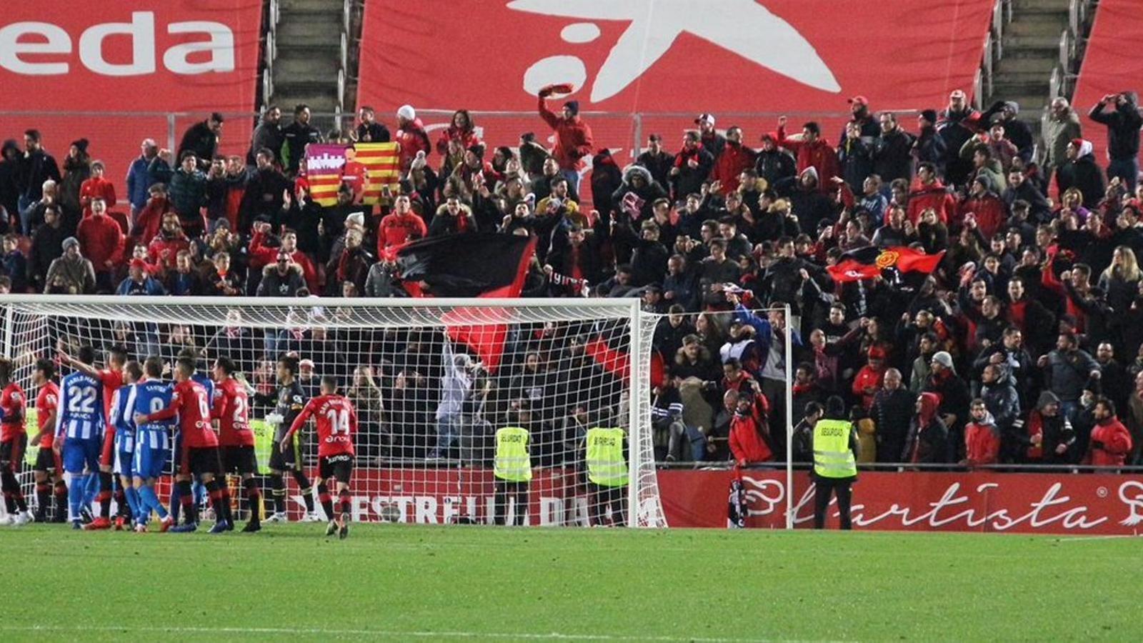 Imatge del partit d'aquest dissabte entre el Mallorca i el Deportivo