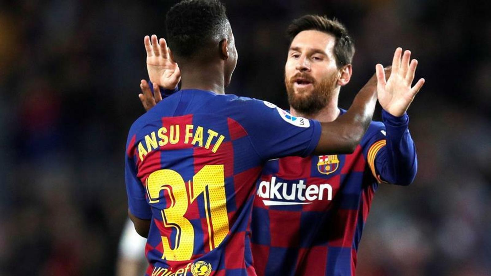 Lionel Messi i Ansu Fati, celebrant un gol durant el Barça-Llevant