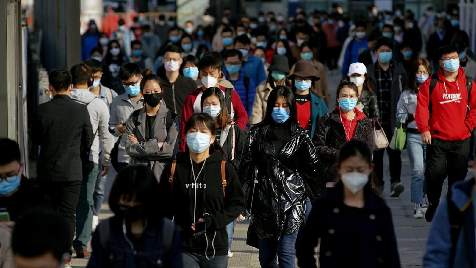Quina immunitat de grup cal per frenar el virus?