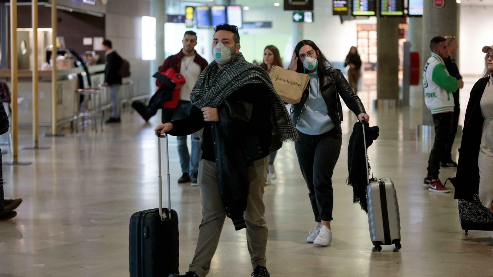 Un cinquè cas a Madrid i el primer a Aragó eleven a 25 els infectats pel coronavirus a Espanya