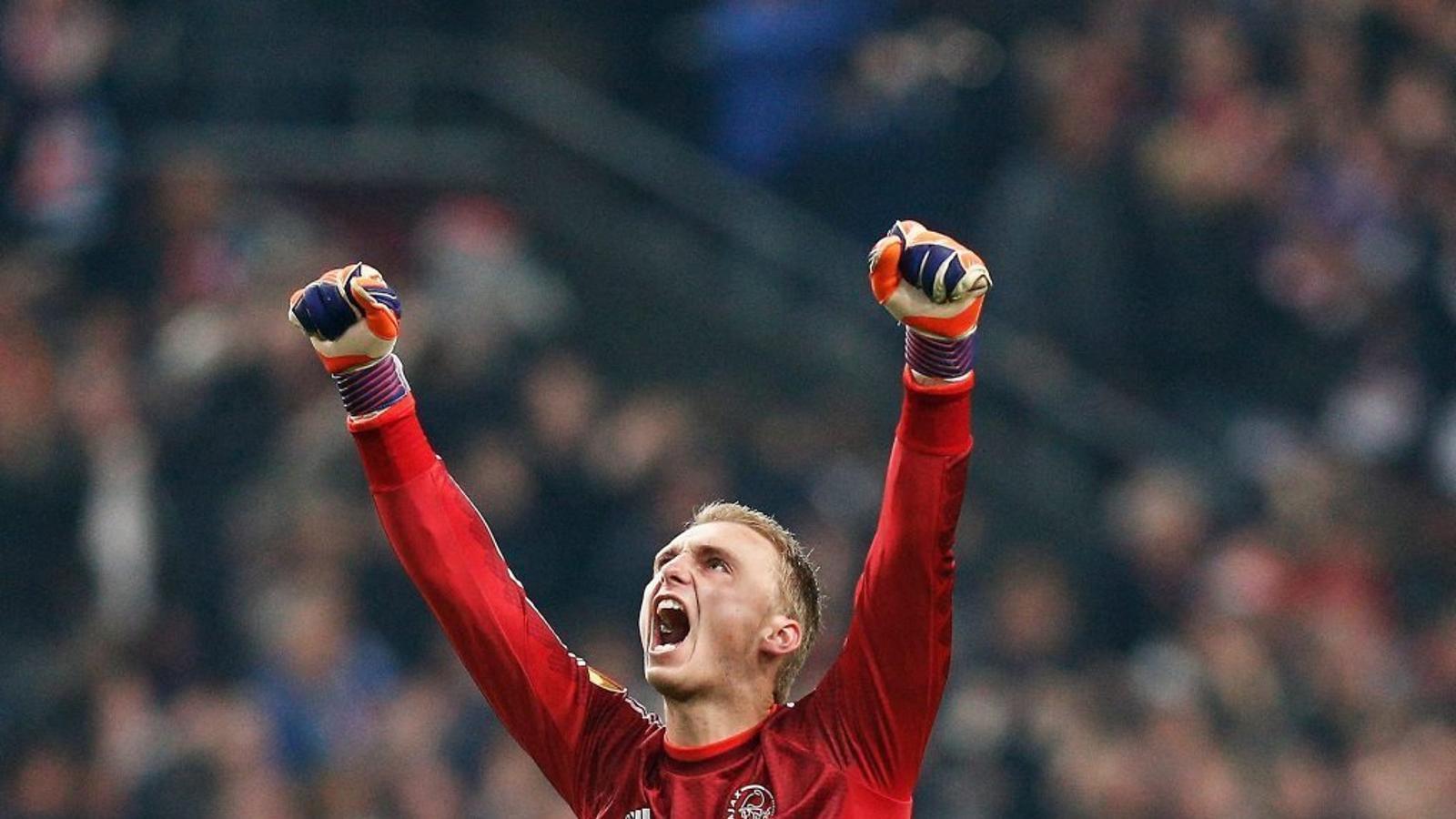 Jasper Cillessen, nou porter del Barça, durant un partit de l'Ajax d'Amsterdam de la temporada passada.