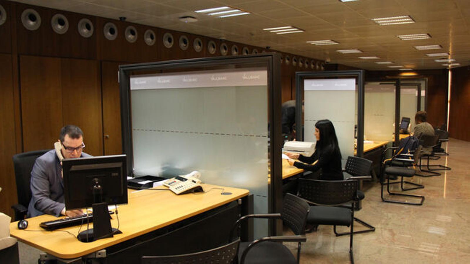 Una entitat bancària, en una imatge d'arxiu. / ARXIU ANA