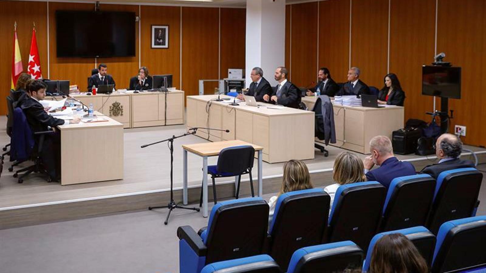 Primera sessió del judici sobre l'esborrat dels ordinadors de Bárcenas