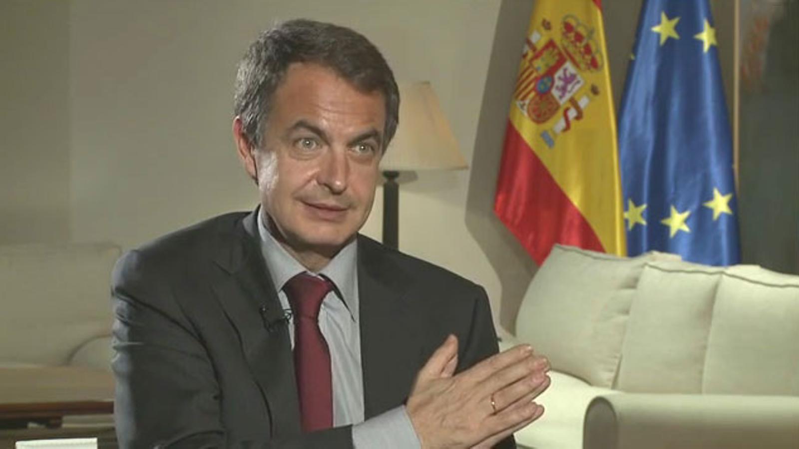 Zapatero diu al món que és urgent que les comunitats autònomes s'estrenyin el cinturó