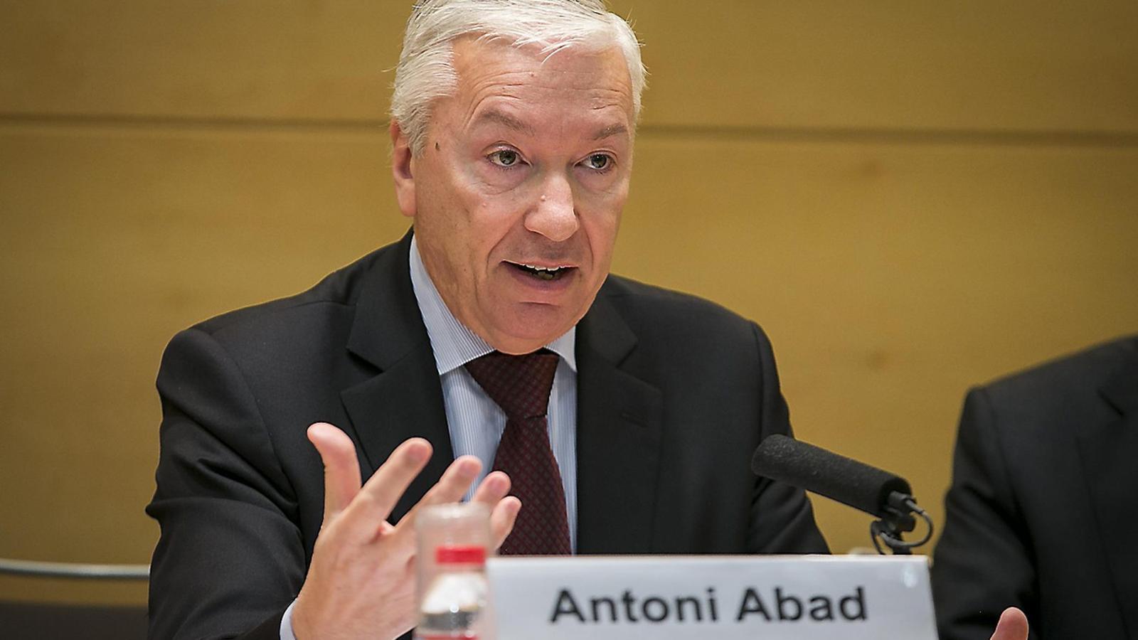 Antoni Abad anuncia la seva renúncia a presidir Foment