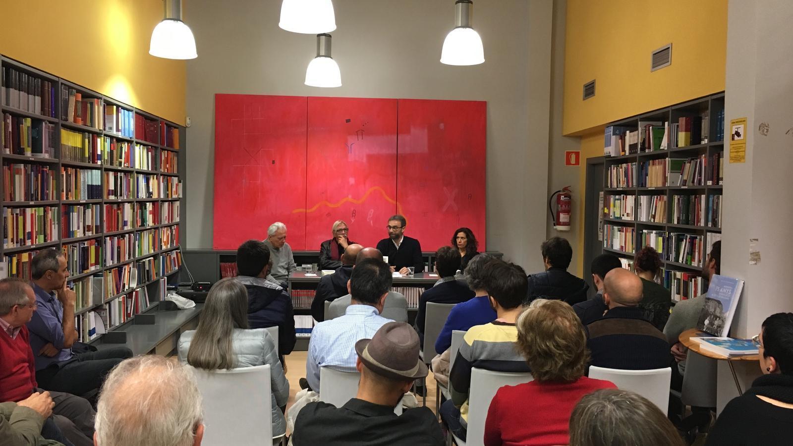 Presentació del llibre 'Restes d'arquitectura i de crítica de la cultura' de Josep Quetglas a la llibreria Quars de Palma.