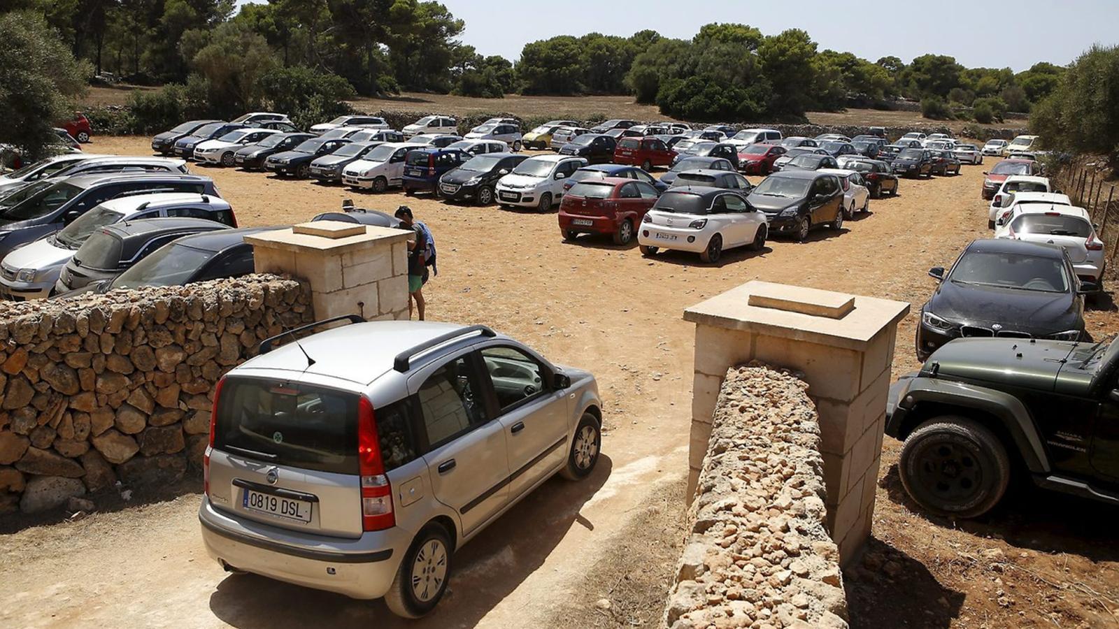 El difícil (o impossible) equilibri entre les dues Menorques
