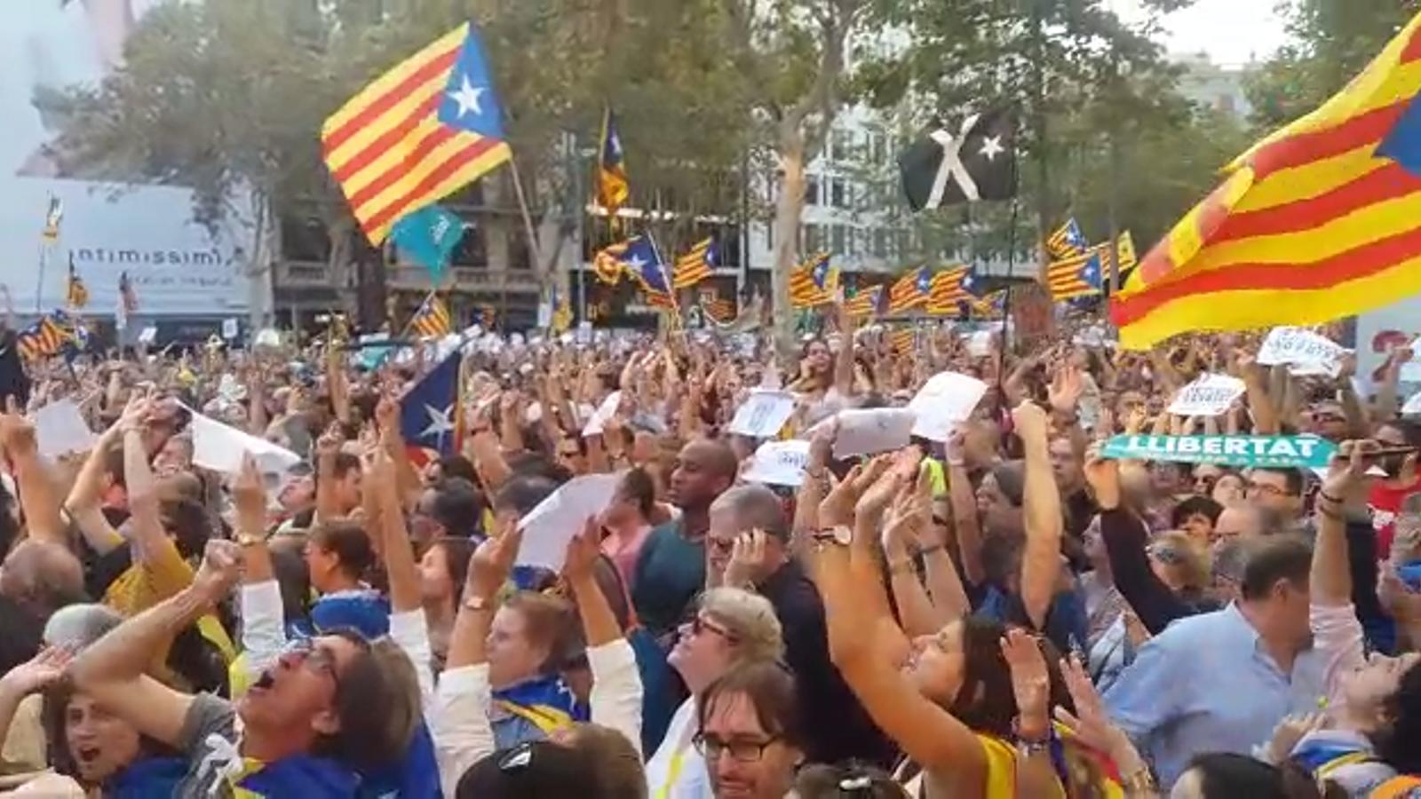 Manifestació al passeig de Gràcia
