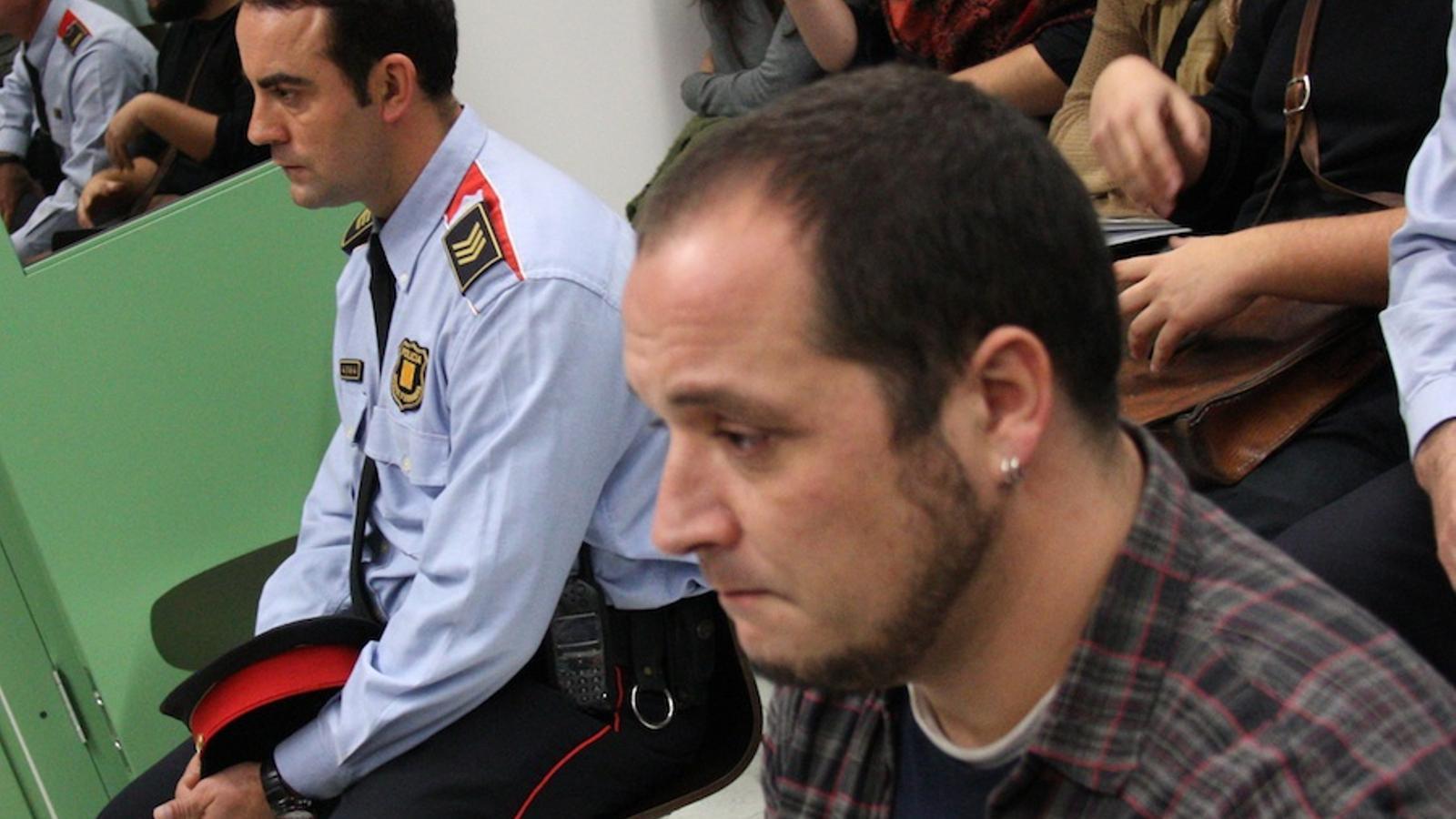 L'Audiència de Barcelona condemna el mosso que va pegar David Fernàndez
