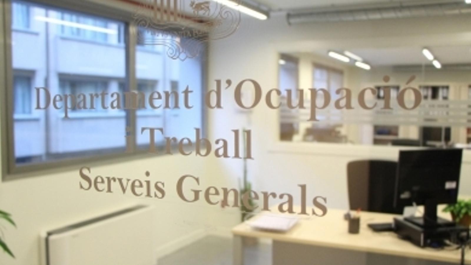 Oficina del departament d'Ocupació. / ARXIU
