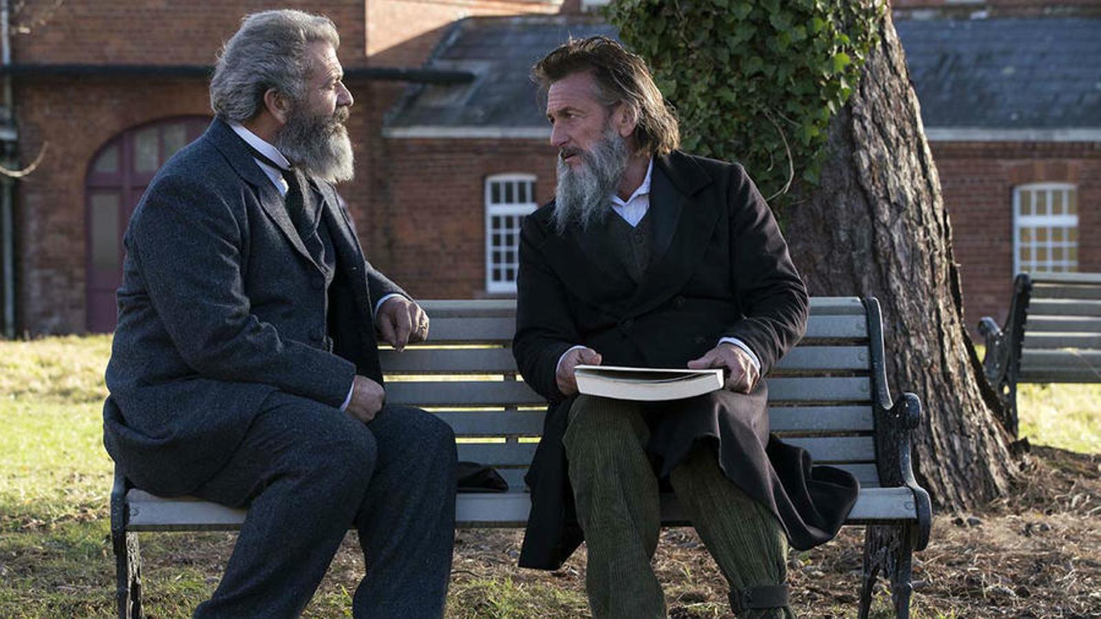 Mel Gibson i Sean Penn a 'Entre la razón y la locura'