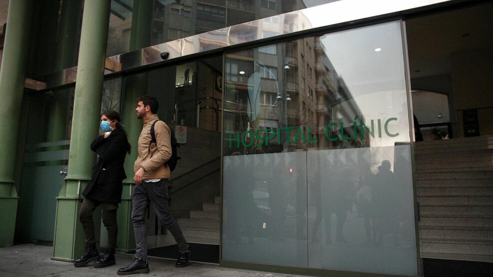 L'Ajuntament de Barcelona tanca una escola bressol a Gràcia per Covid-19.
