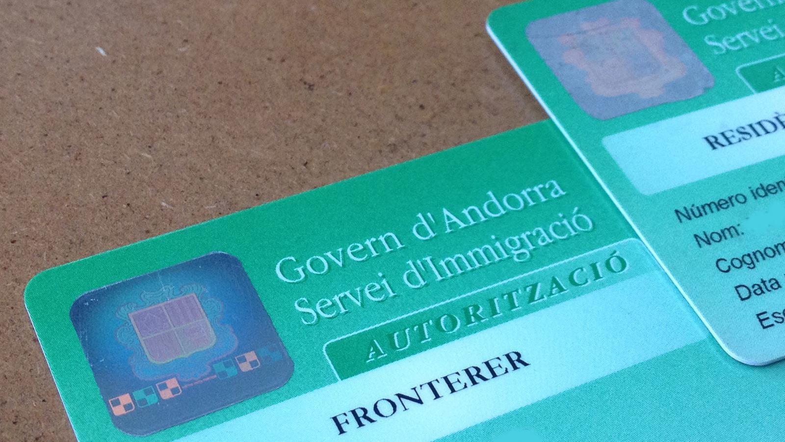Carnets de permisos d'Immigració. / ARXIU ANA