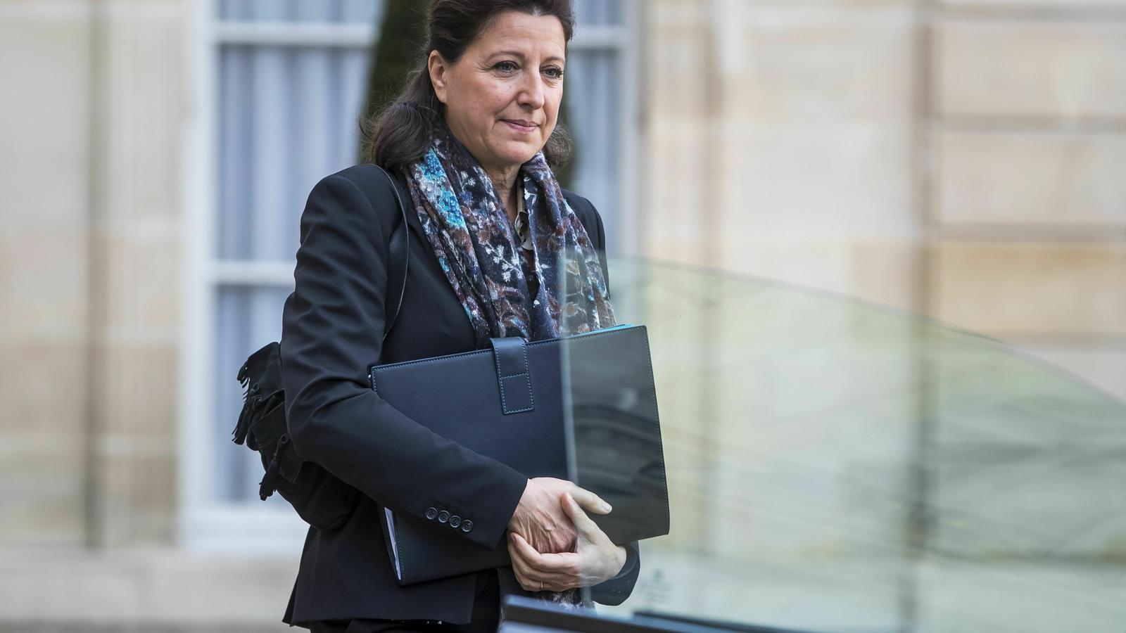 Agnès Buzyn sortint de l'Elisi, el 20 de gener