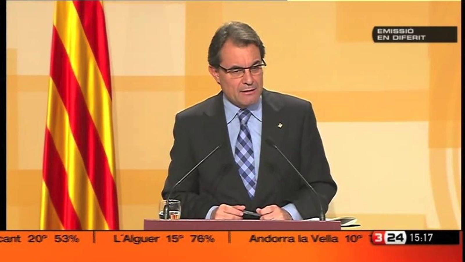 Artur Mas anuncia una altra retallada en el sou dels empleats públics el 2012