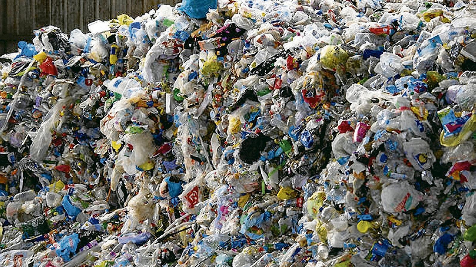 Dimarts es va aprovar la primera llei de residus i sòls contaminants de les Illes Balears.