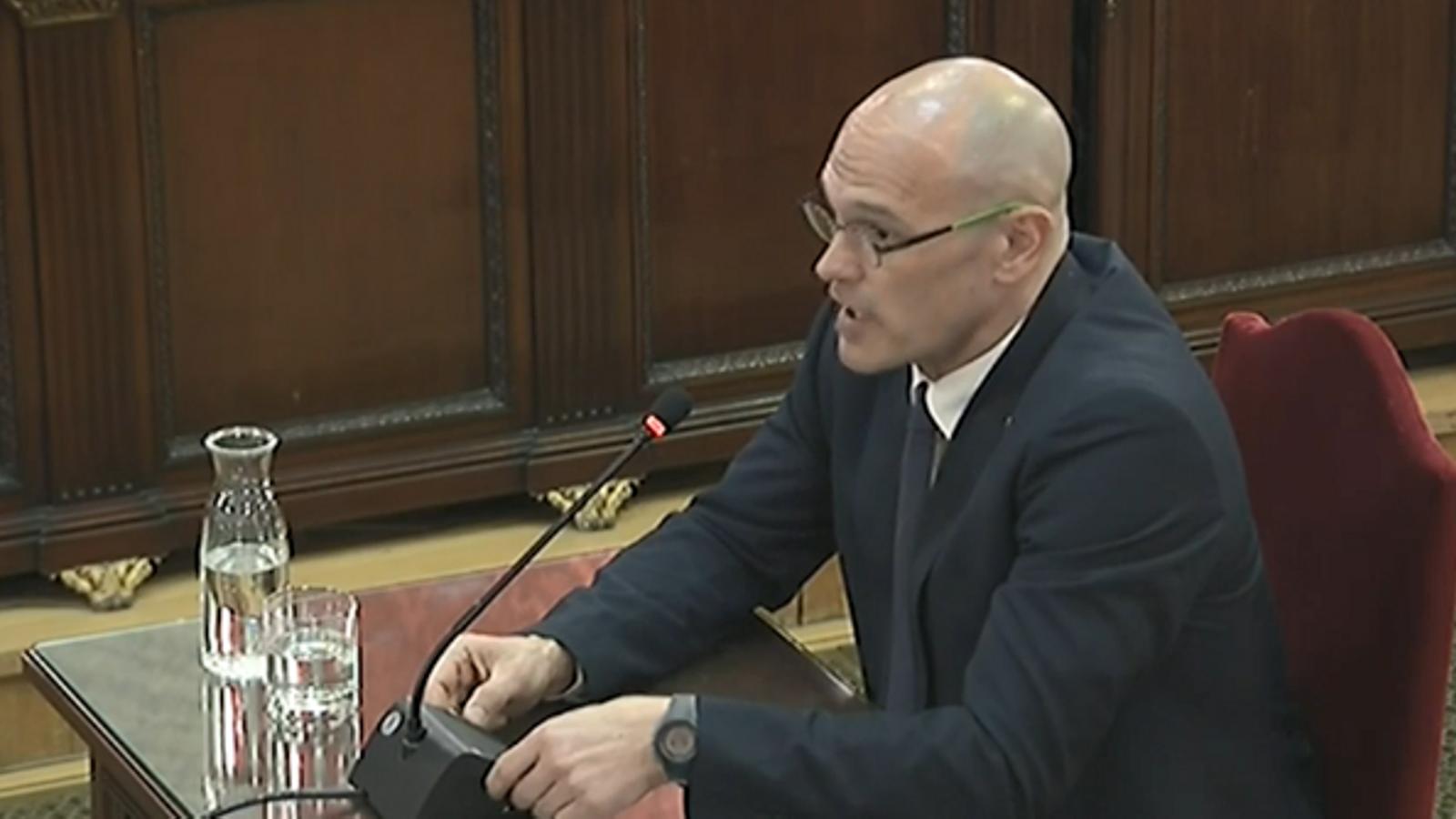 """Romeva calca l'interrogatori de Junqueras: """"Em considero un pres polític"""""""
