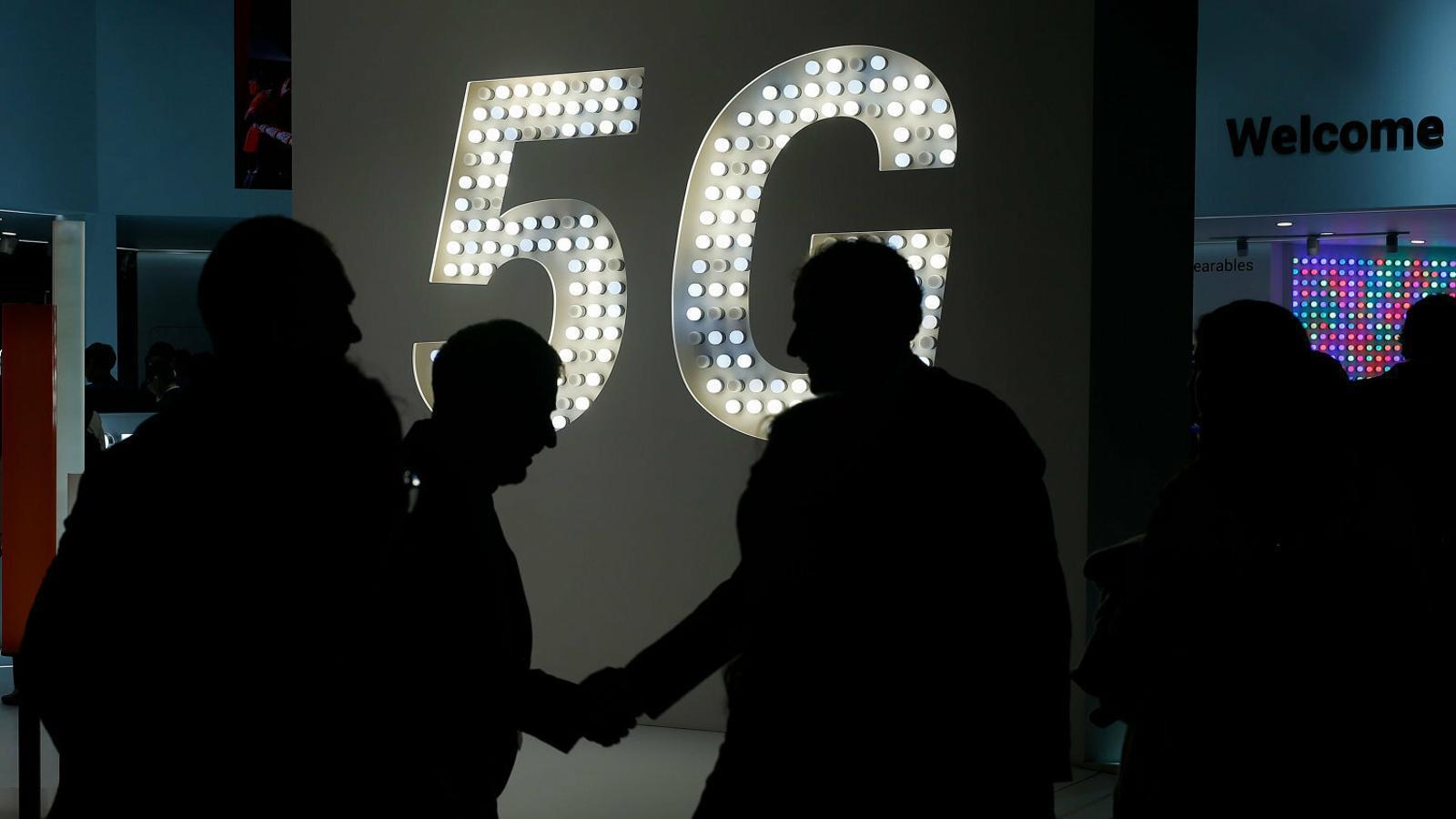 Vodafone s'avança amb el 5G per salvar la desfeta dels continguts