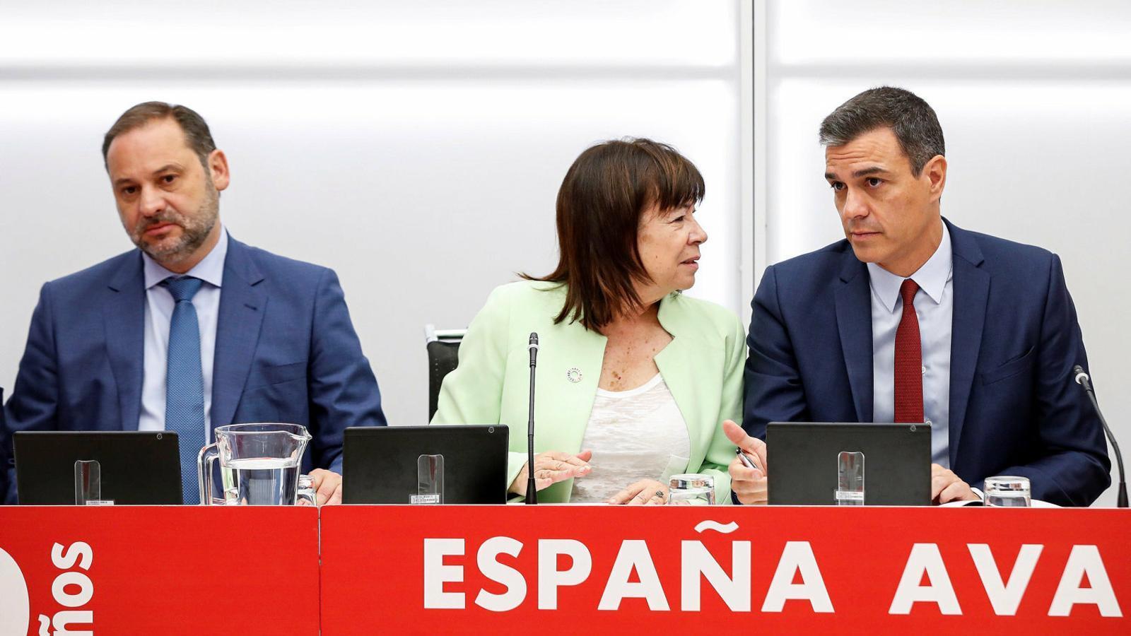 José Luis Ábalos, Cristina Narbona, Pedro Sánchez ahir.