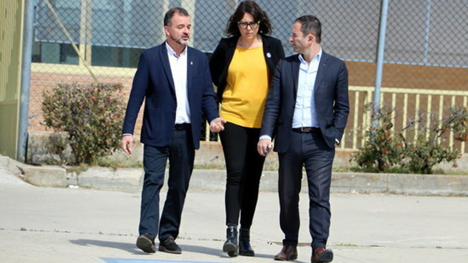 """L'excandidat presidencial francès Benoît Hamon es qüestiona la """"salut"""" de la democràcia espanyola després de visitar els presos polítics"""