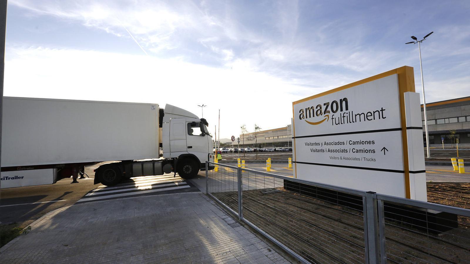 Amazon ja fa entregues des del centre logístic del Prat