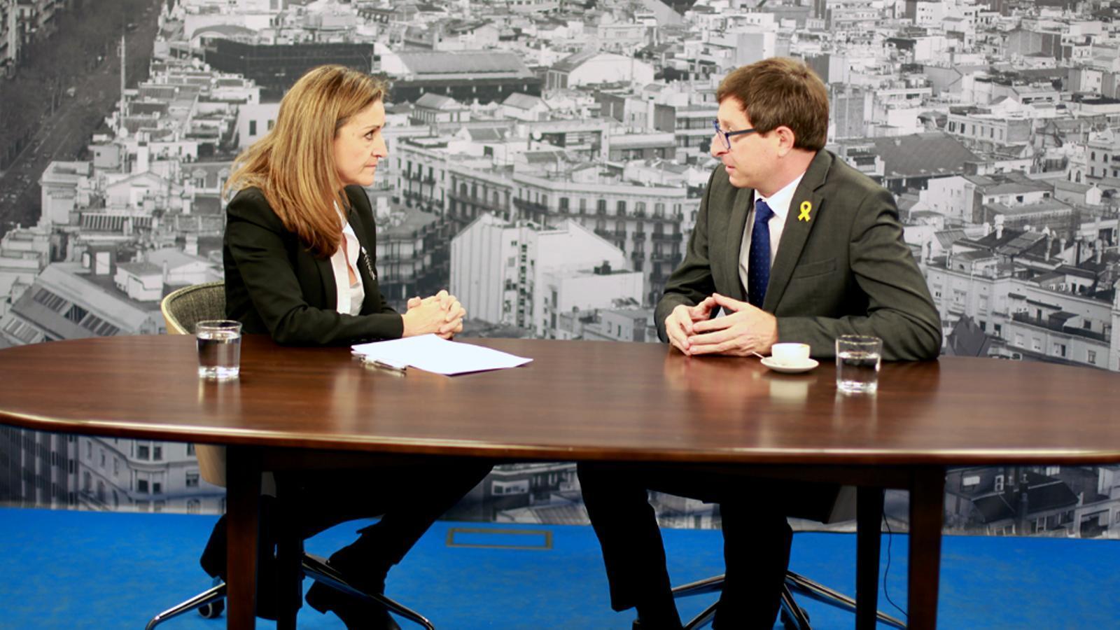 Entrevista d'Esther Vera a Carles Mundó