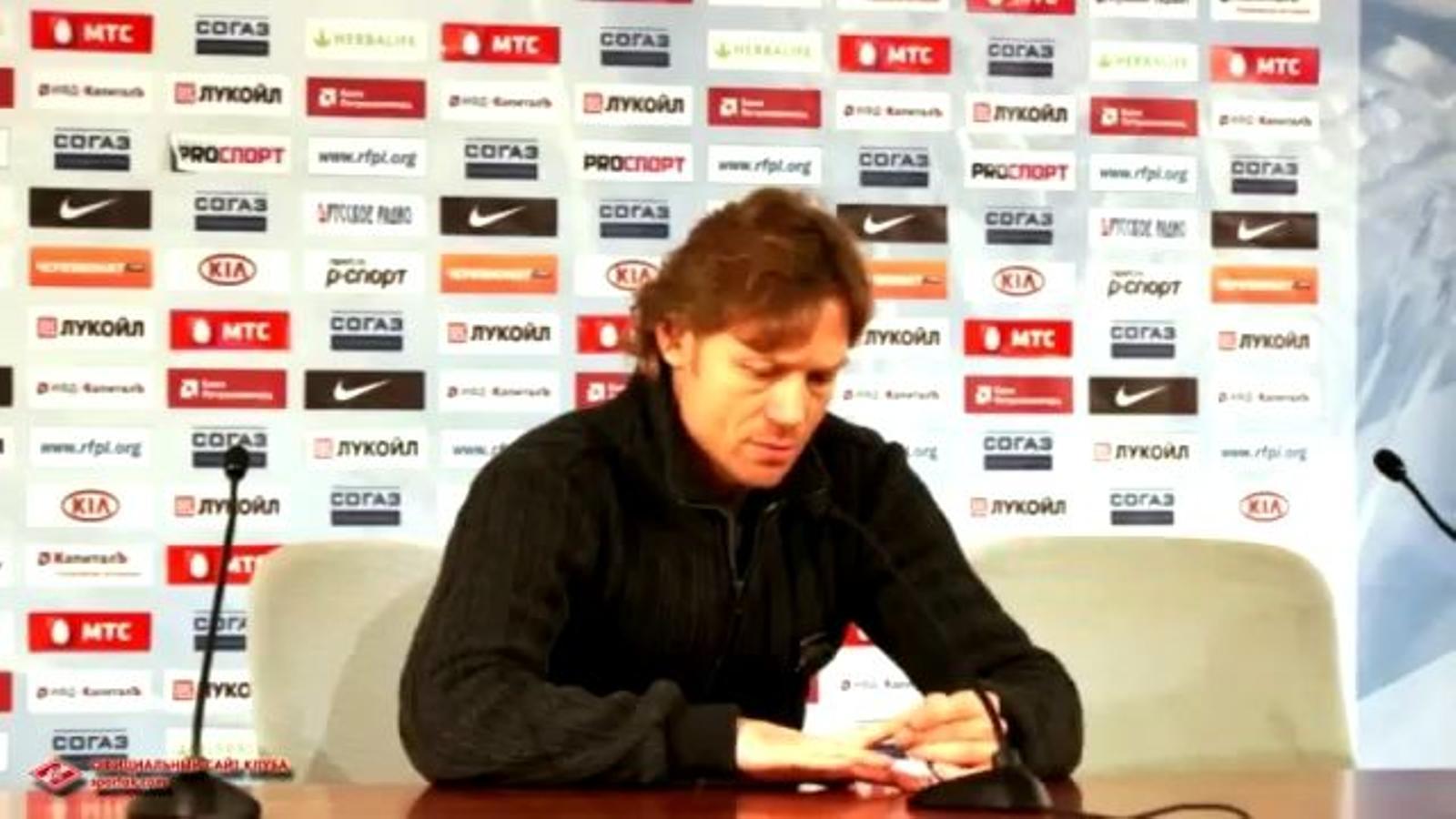 Valery Karpin anuncia la destitució d'Unai Emery