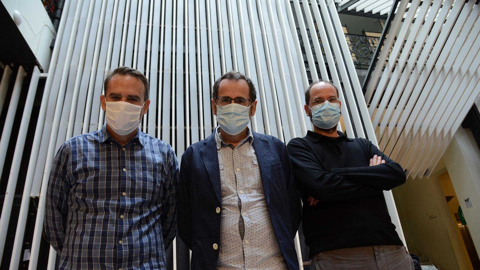 Ramon, Valls i Matas, d'esquerra a dreta de la imatge
