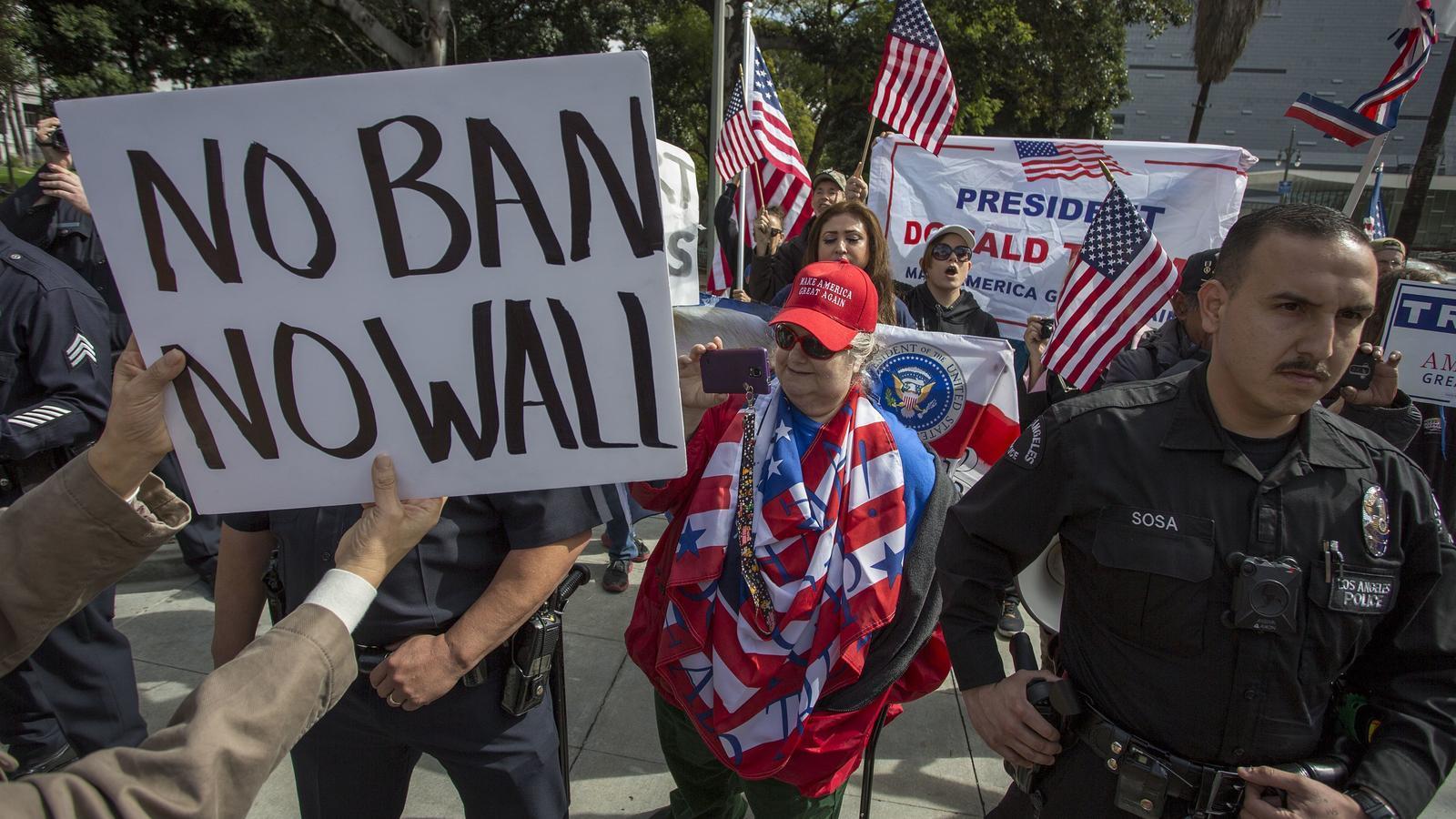 El mur de la vergonya de Trump