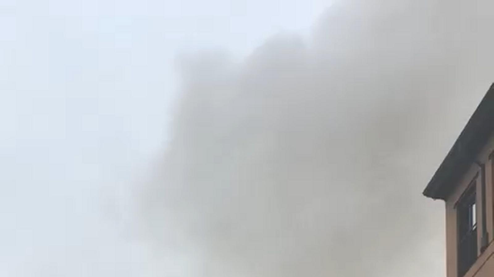 Una forta explosió destrossa tres plantes d'un edifici en ple centre de Madrid / TANIA TAPIA