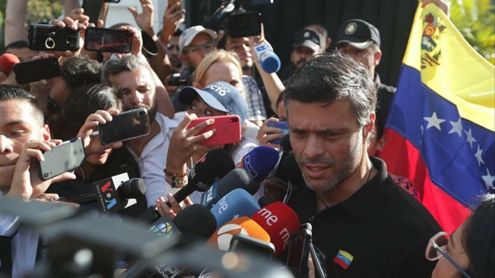 El cop a Veneçuela, pont entre Sánchez, Casado i Rivera