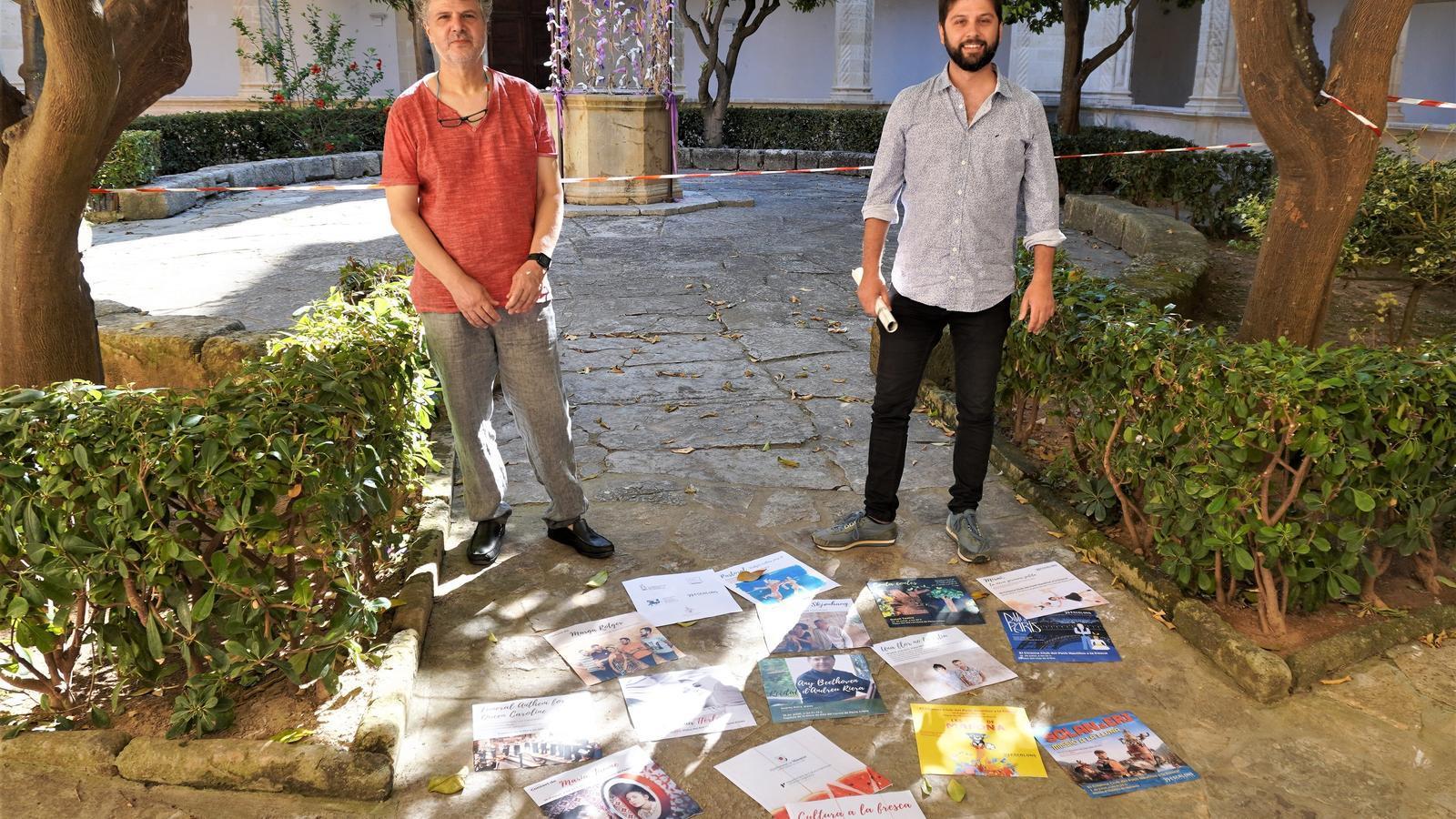 Llorenç Carreres i Mateu Marcé, durant la presentació de 'Cultura a la fresca 2020'