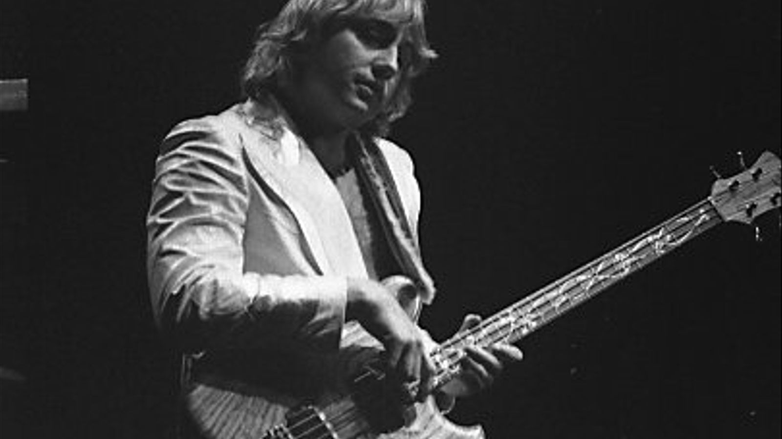 Greg Lake durant un concert d'Emerson, Lake & Palmer l'any 1978