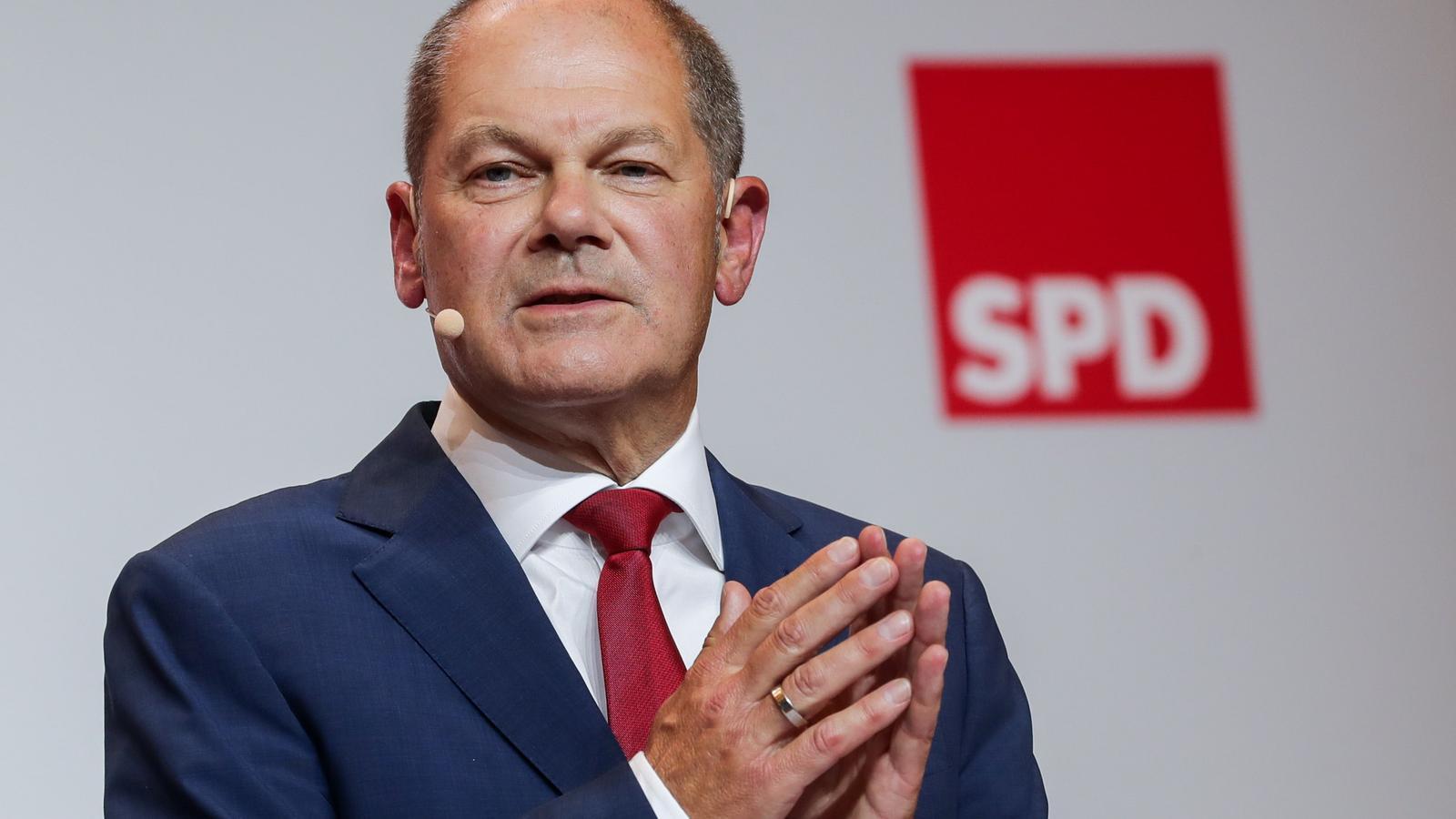 El ministre de Finances, Olaf Scholz, durant una roda de premsa aquest dilluns