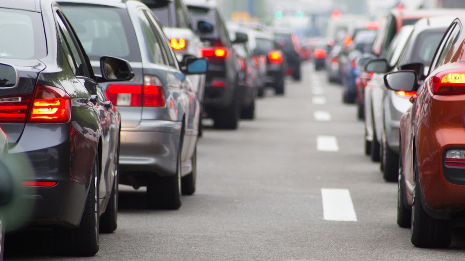 L'impost del  CO2 als cotxes entrarà en vigor l'1 de gener del 2020