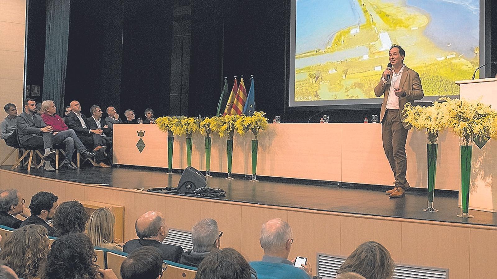 Presentació de l'informe de la Taula del Consens del Delta a Sant Jaume d'Enveja, aquest dimecres.