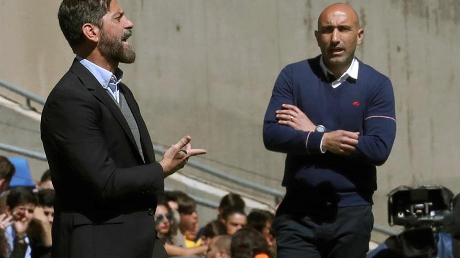 Quique Sánchez Flores i Abelardo, durant l'Espanyol-Alabès