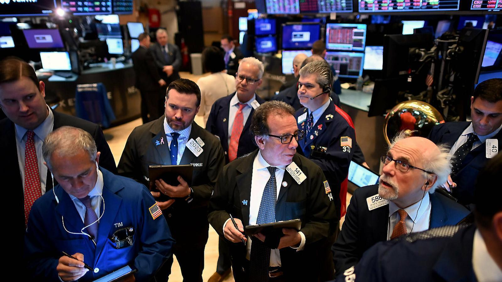 Wall Street ha tingut una de les pitjors setmanes dels últims anys, acumulant pèrdues de més del 14% en només cinc dies.