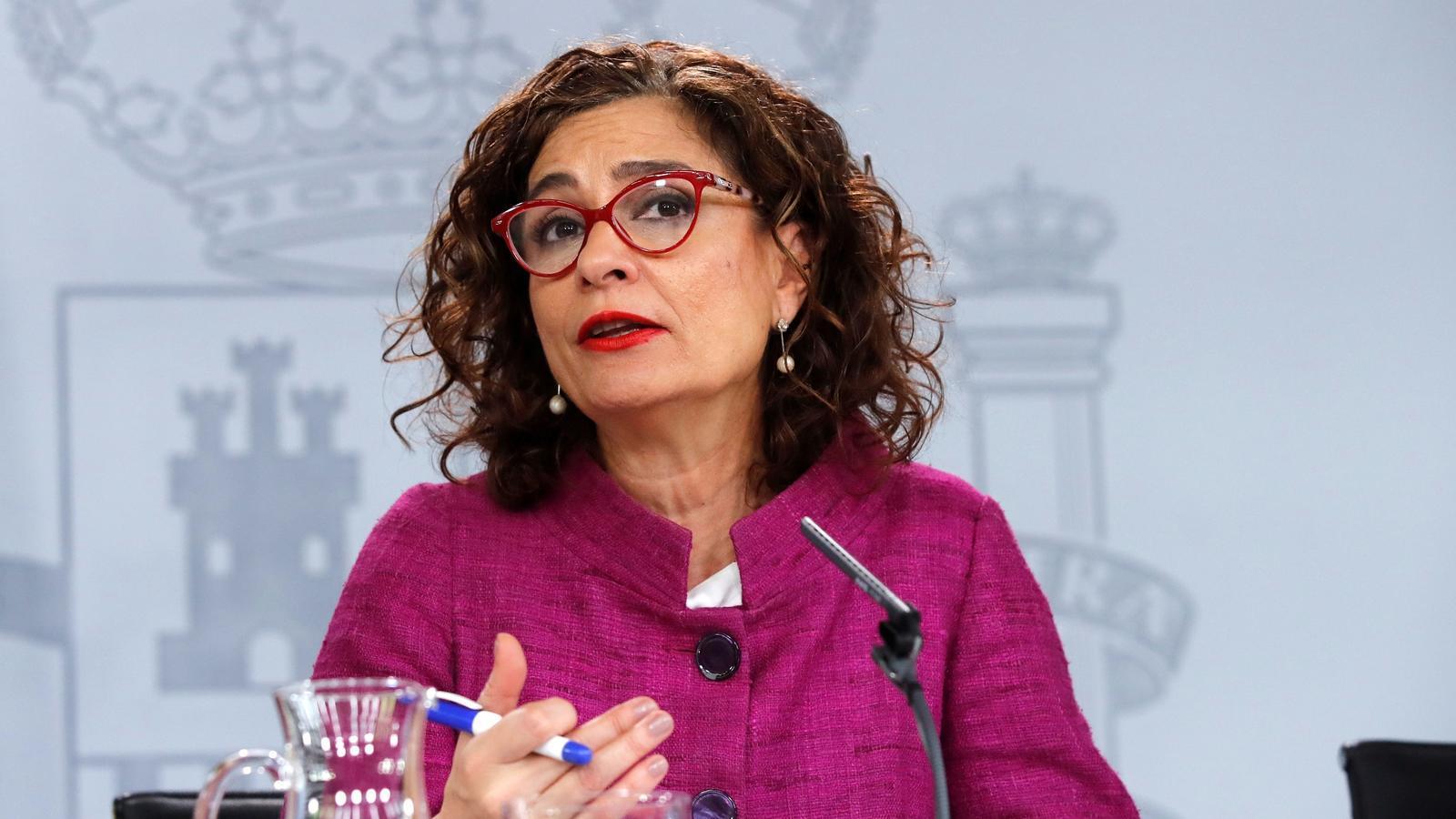 La ministra portaveu del govern espanyol i titular d'Hisenda, María Jesús Montero, durant la roda de premsa posterior al consell de ministres.