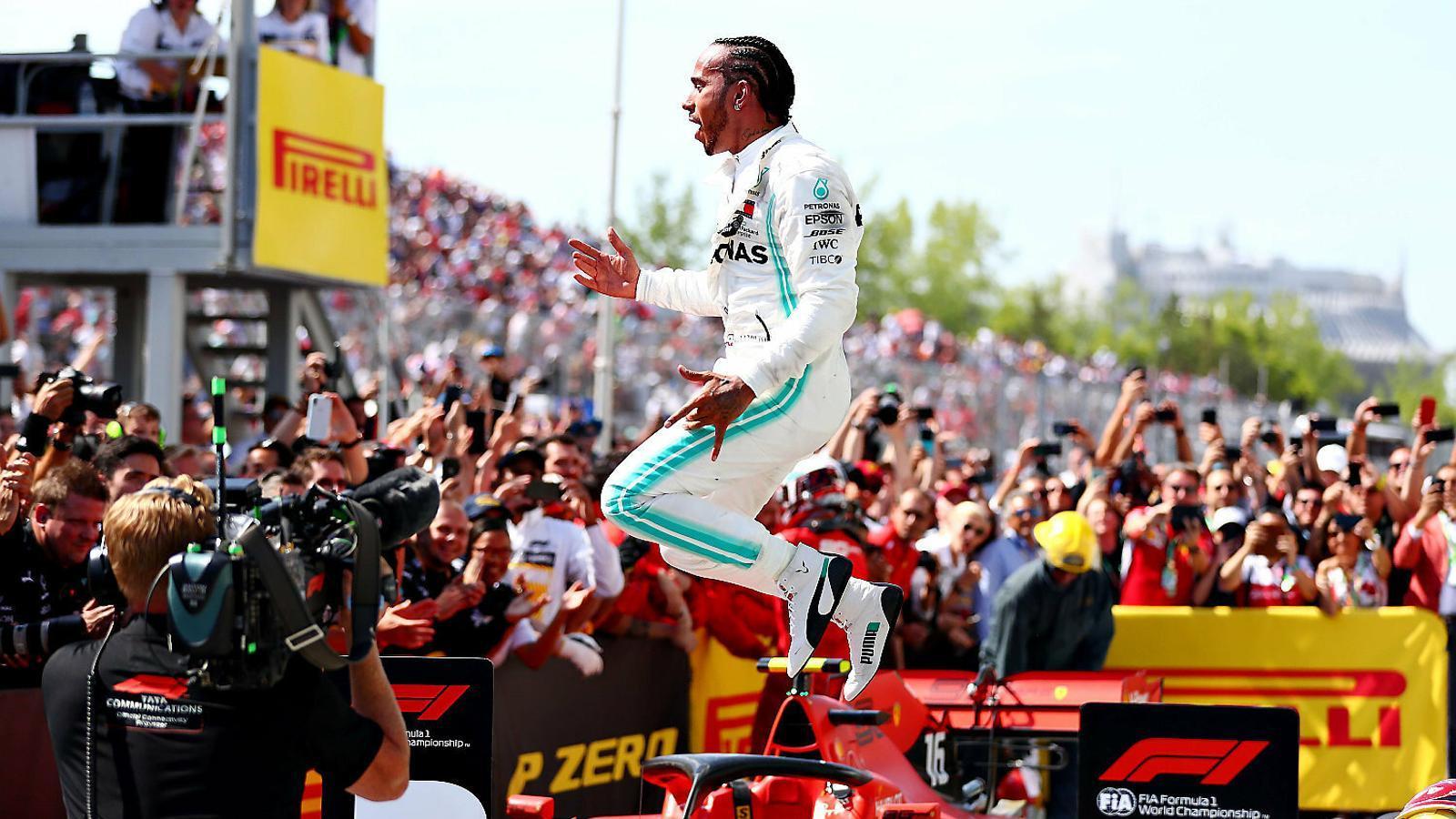 Hamilton guanya fins i tot acabant segon
