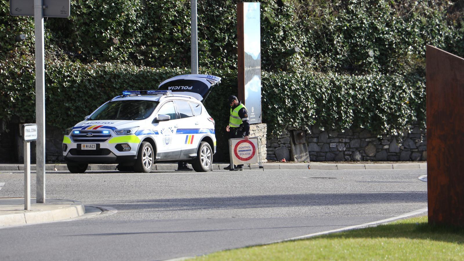 Un control de la policia. / E. C. (ANA)