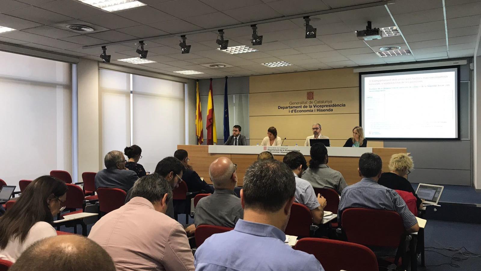 Bassa diu que una Seguretat Social catalana tindria superàvit la primavera del 2018