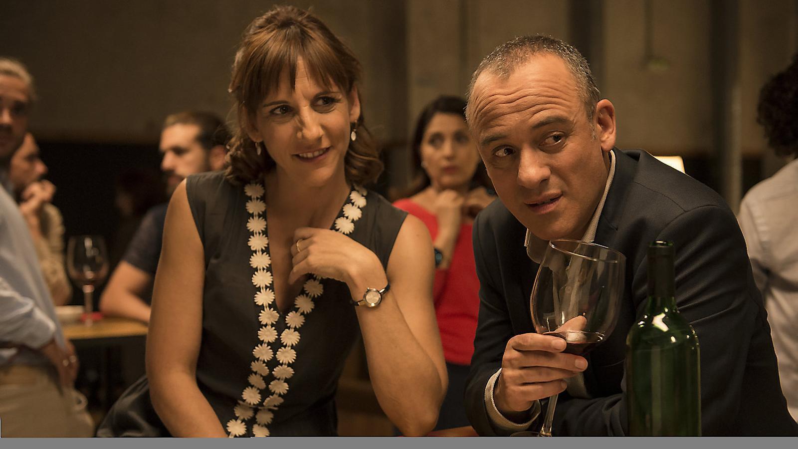 Malena Alterio i Javier Gutiérrez són la Nuria i el Jesús, una parella sense sort amb tendència a ficar la pota.
