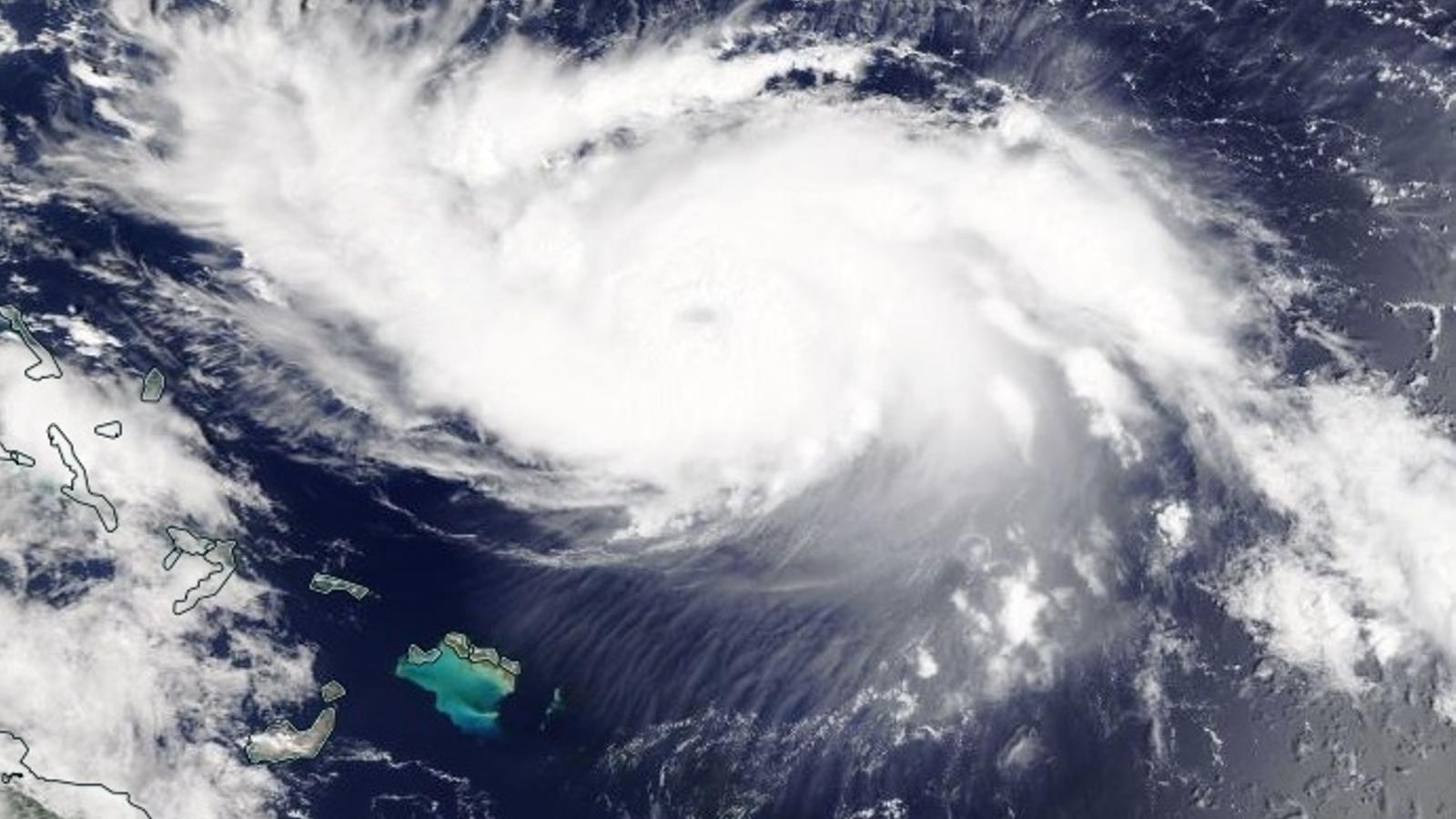 L'huracà 'Dorian', amb categoria 4 sobre 5, amenaça Florida