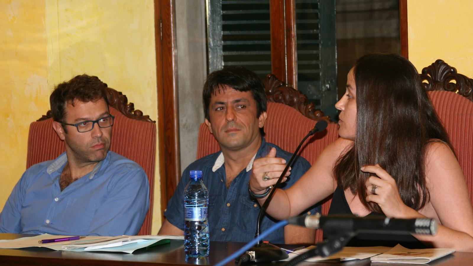 Cristina Capó  defensa la necessitat de retirar els noms lligats al cop d'estat de 1936.