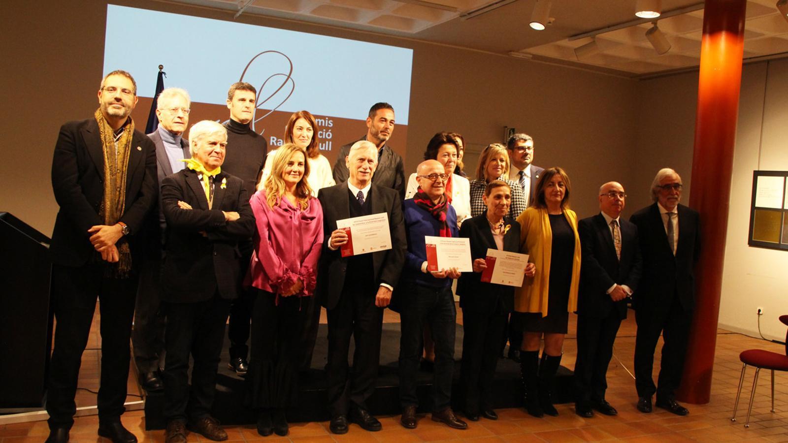 Fotografia de grup dels premis internacionals Ramon Llull, aquest dijous a l'Auditori Nacional. / ANA (E. J. M.)