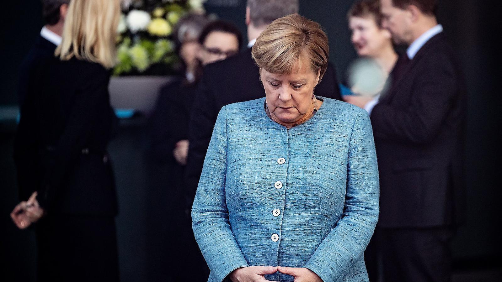 El comiat de la cancellera Merkel obre la cursa per al seu relleu